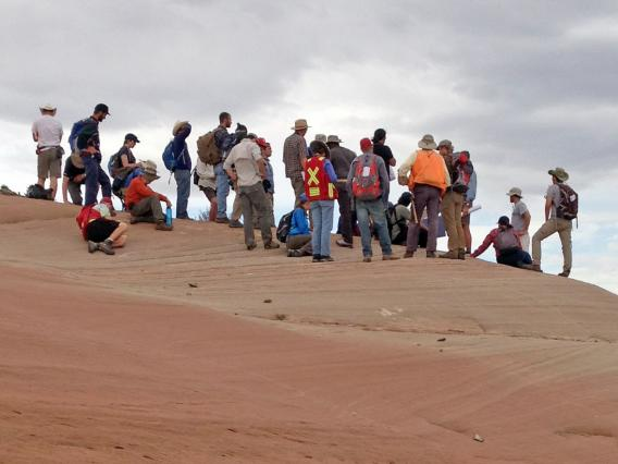 group of students on a field trip to red rocks