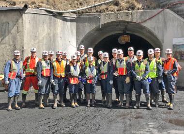 Course participants at a mine entrance